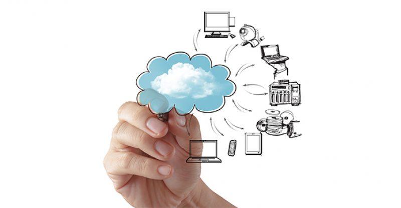 Businessman Drawing a Cloud Computing Diagram (1)